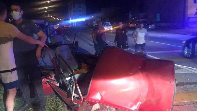 Yaya Üstgeçidine Çarpan Aracın Sürücüsü Öldü
