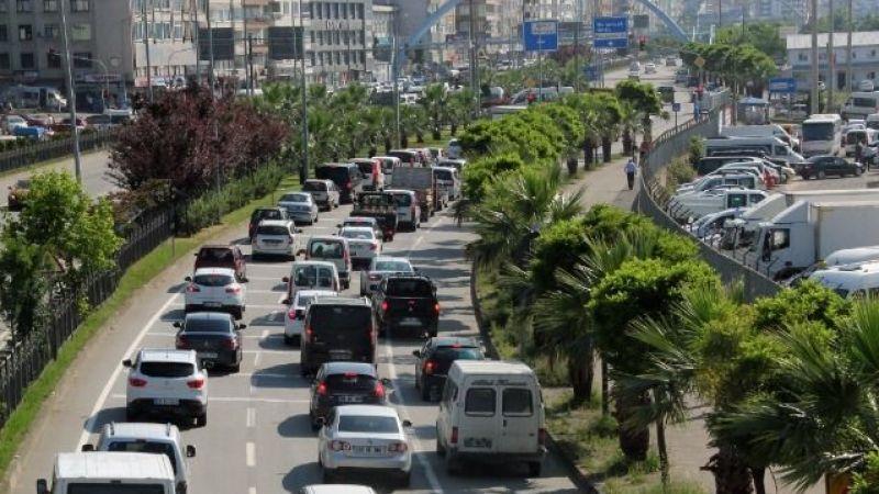 Giresun'da trafiğe kayıtlı 97 bin 472 araç var