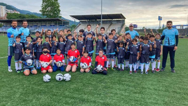 Tirebolu Futbol Okulu Başvurularınızı Bekliyor