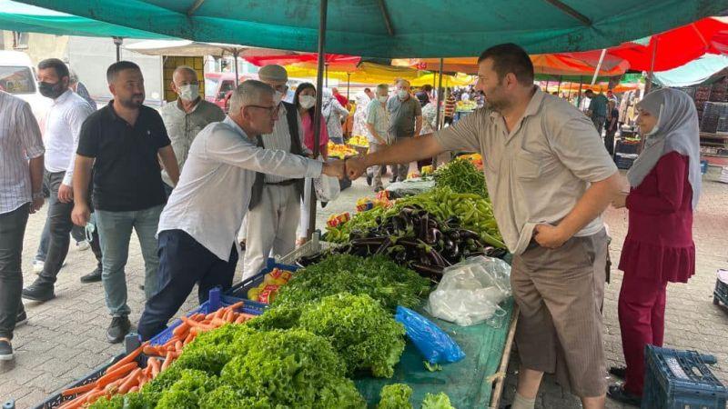 Milletvekili Aydın'dan Keşap'ta Pazar Esnafı Ziyareti