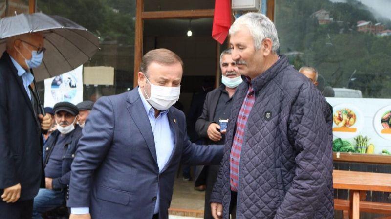 Aydındere'de Milletvekili Sabri Öztürk'e Yol Tepkisi