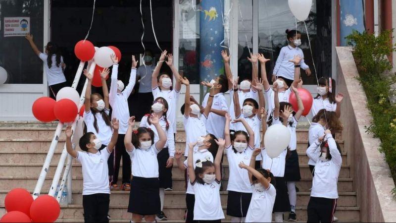 Öğrenciler Okula Kavuşmanın Sevincini Böyle Yaşadılar