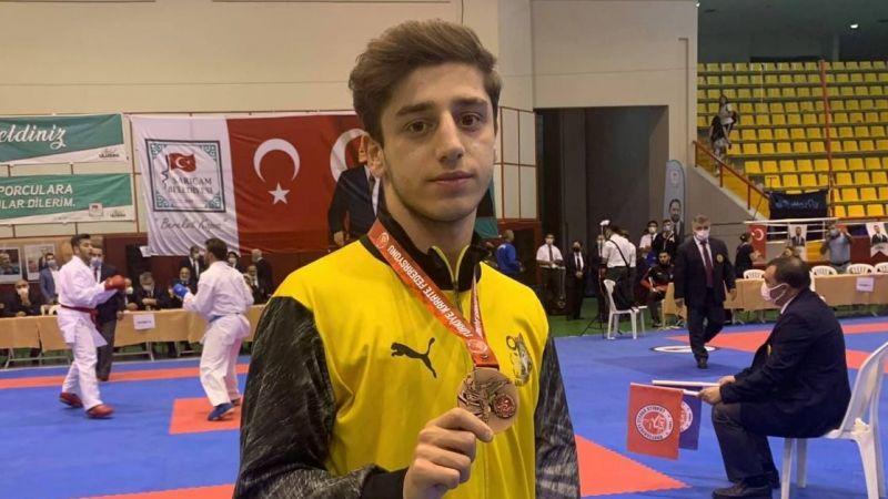 Burak Özdemir Türkiye Üçüncüsü