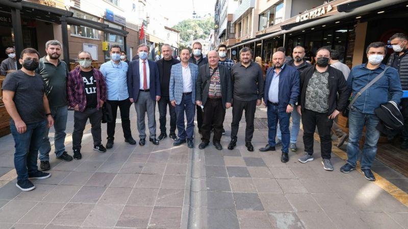Başkan Şenlikoğlu, Alpaslan Caddesi Esnafı İle Buluştu