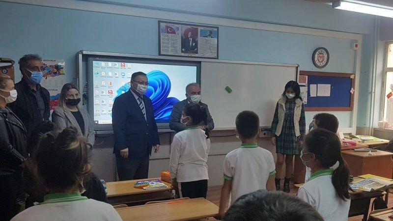 Milli Eğitim Müdürü Tosunoğlu, Okulları Geziyor