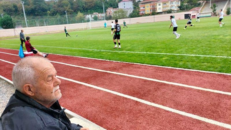 Efsane kaptan Birol Özmen maçtaydı
