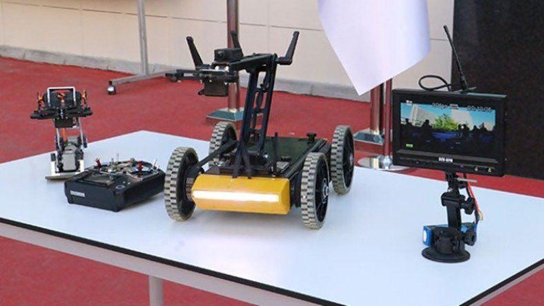Lise Öğrencileri Bomba İmha Robotu Geliştirdi