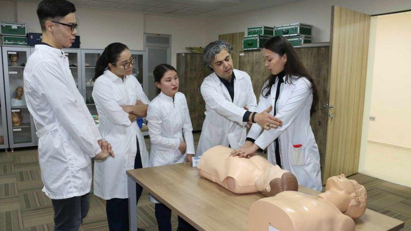 Vakıf Üniversitelerine tıp fakültesi kurma şartı