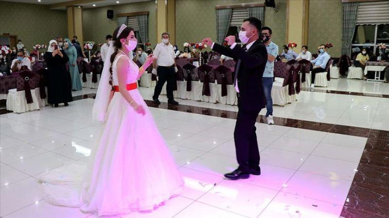 Düğünlerde Yeni Dönem! Yasak Kalktı…