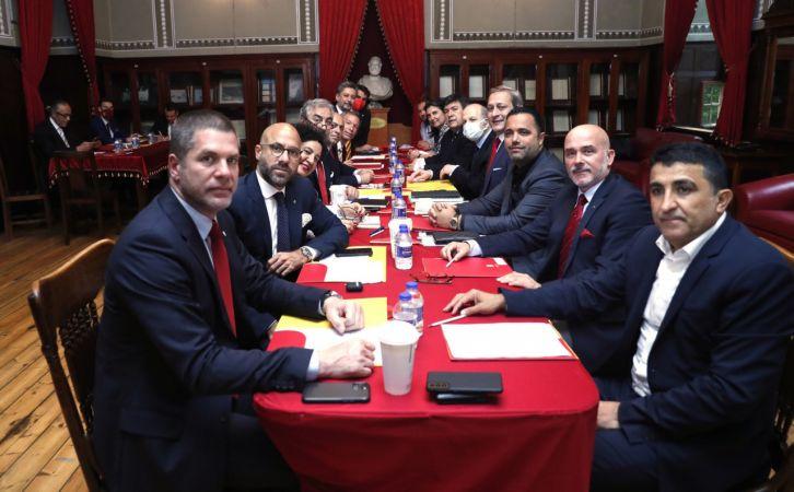 Galatasaray'da kulüp sözcüsü kim olacak?