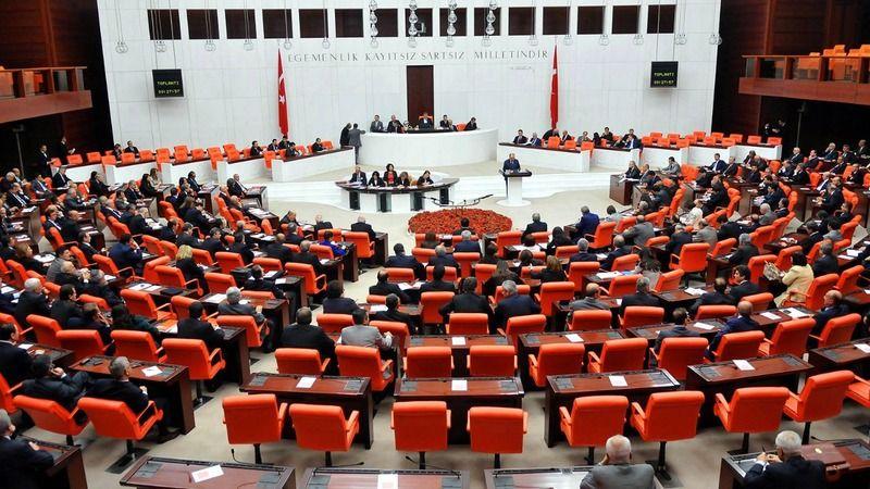 Asgari ücret ile ilgili kritik yasa Meclis'ten geçti