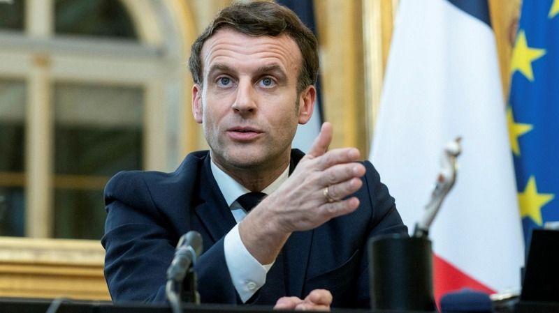 Emmanuel Macron'a casus yazılım şoku