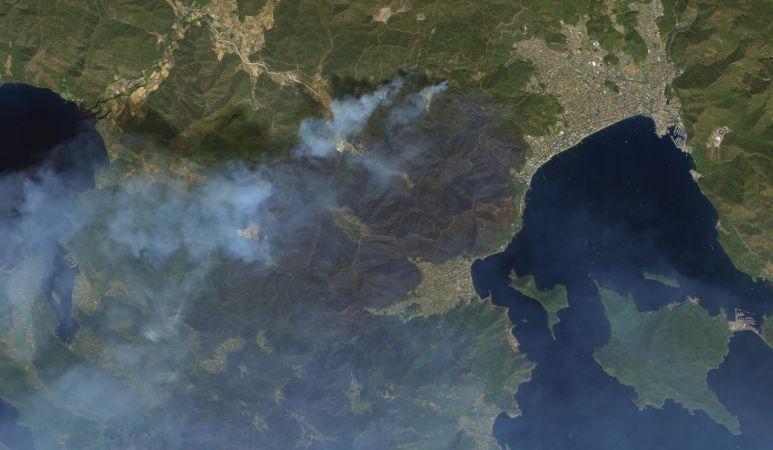 Uydulardan Marmaris ve Manavgat yangınları görüntülendi!