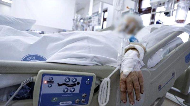 Çift doz Sinovac aşılı hasta hayatını kaybetti