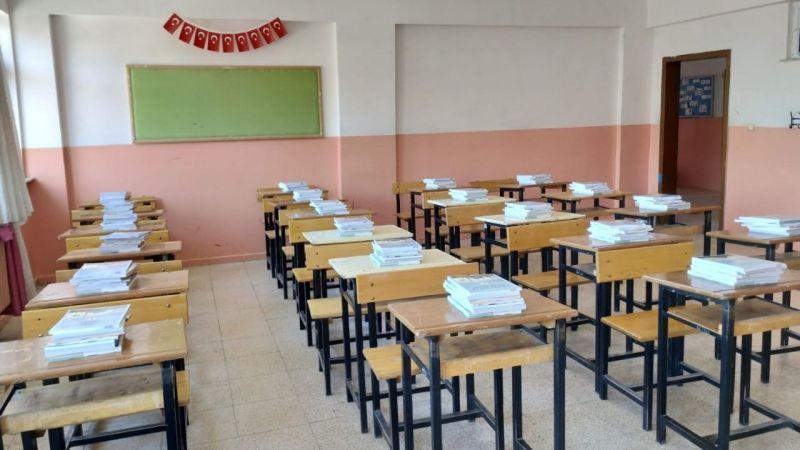 Okullar açılmaya hazırlanıyor, kitaplar ulaştı