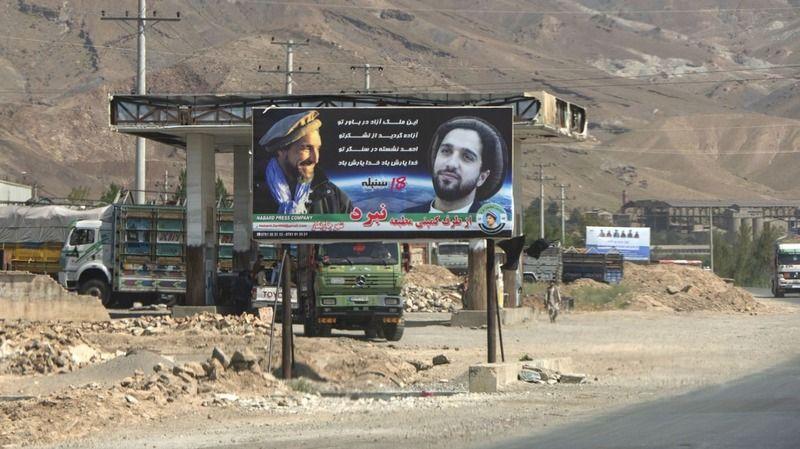 Taliban kalan son vilayeti de ele geçirdi