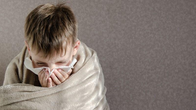 Çocuğun burnu akıyorsa koronavirüs olabilir