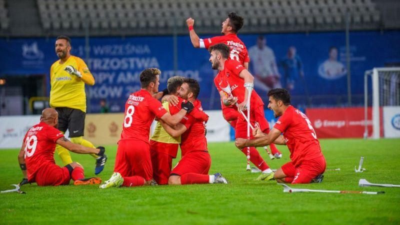 İspanya'yı finalde 6-0 yenen Ampute Futbol Takımımız Avrupa şampiyona oldu!