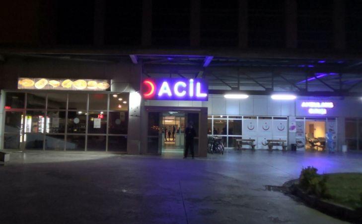 Baltayla dehşet yaşattı: 3 yaralı