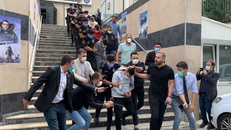 Kağıthane'de polis merkezi önünde silahlı saldırı: 57 yaşındaki kadın öldü