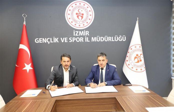 İzmir Gençlik ve Spor İl Müdürlüğü ile Brıtıshtown Dil Okulları arasında Eğitim Protokolü İmzalandı