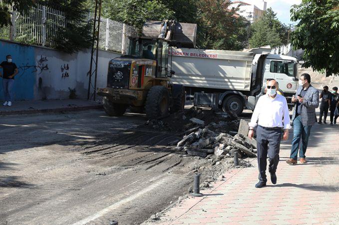 Başkan Altınok'tan asfalt denetimi