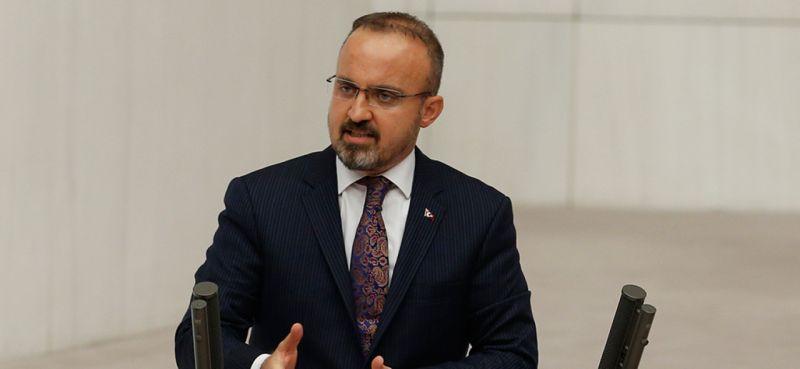 """""""Dün, 'İktidara geldiğimizde HDP'ye bir, iki bakanlık verebiliriz' diyen CHP, bugün adayın belirlenmesini HDP'ye bırakmış durumda"""""""