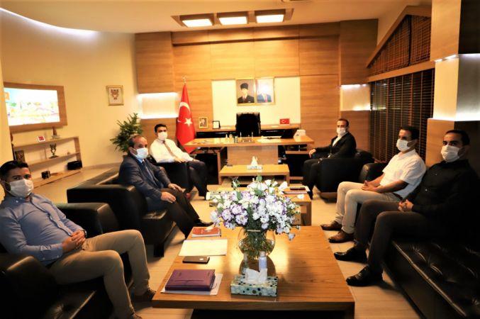 Cizre Belediyesi: Gençlik ve Spor İl Müdürü ve İlgili Şube Müdürleri Kaymakam / Belediye Başkan V. Mehmet Tunç'u Ziyaret Etti.