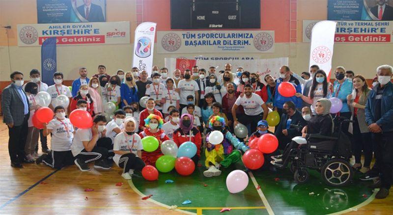 """""""Be active"""" ( Hareket et ) Sloganıyla Gerçekleştirilen Avrupa Spor Haftası Başladı."""