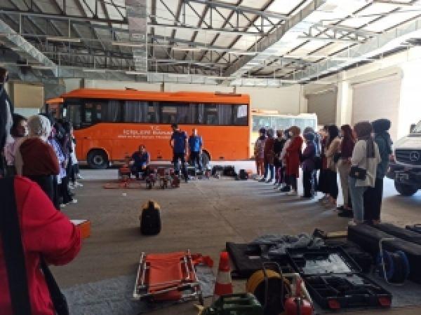 Diyarbakır Büyükşehir Belediyesi: Kız yurdu öğrencilerine afet eğitimi