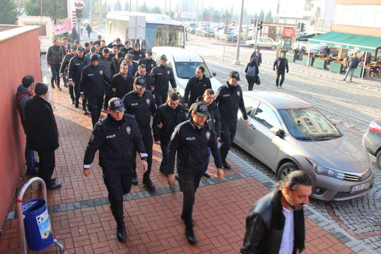 FETÖ operasyonlarında 12 şüpheli gözaltına alındı 53