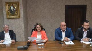 İzmit Belediyesi yeni dönem ilk encümen toplantısı yapıldı