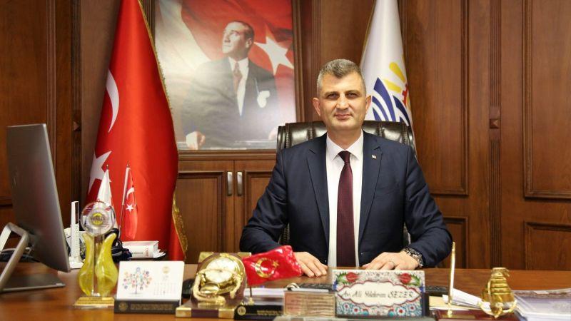 """Başkan Sezer, """"19 Mayıs tam bağımsız devlet kurma kararının ilk adımıdır"""""""