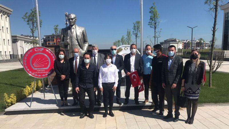 """CHP Kartepe'den alternatif 19 Mayıs kutlaması """"Cumhuriyet meşalesini ilelebet yakacağız"""""""