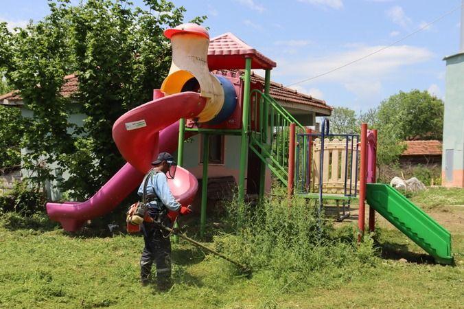 İzmit Belediyesi köylerde parkları da elden geçiriyor