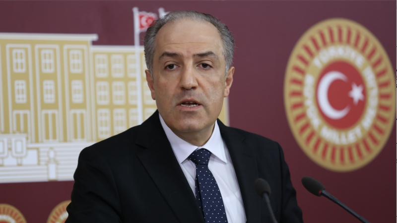 Yeneroğlu: Türkiye'de kendisine itiraz eden hiçbir siyasetçinin can güvenliği kalmamıştır