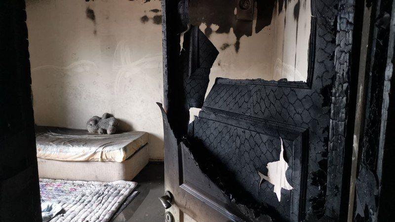 Kocaeli'de evde çıkan yangında bir kişi dumandan etkilendi