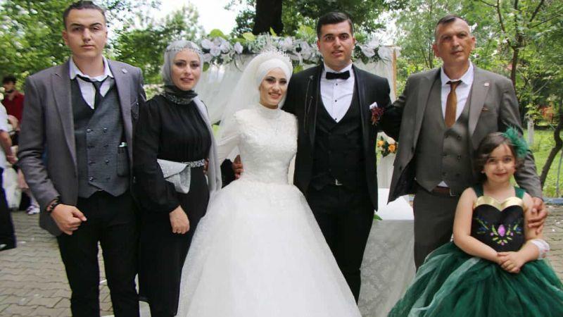 Sevgi ve Batuhan muhteşem bir düğünle evlendi