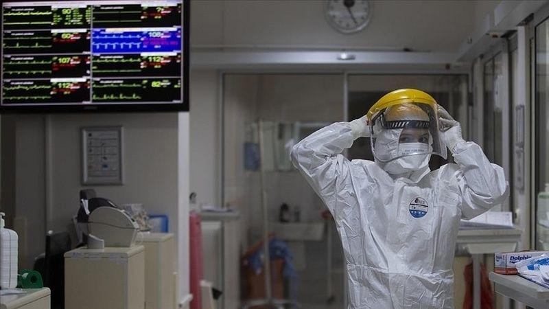 Türkiye'de 6 bin 221 kişinin Kovid-19 testi pozitif çıktı, 71 kişi yaşamını yitirdi