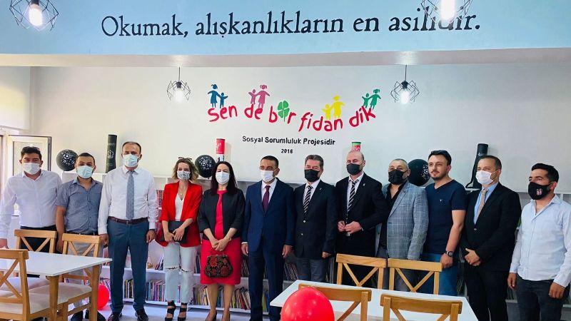 Başiskele Beşiktaşlılar Derneği'nden Siirt'e Kütüphane
