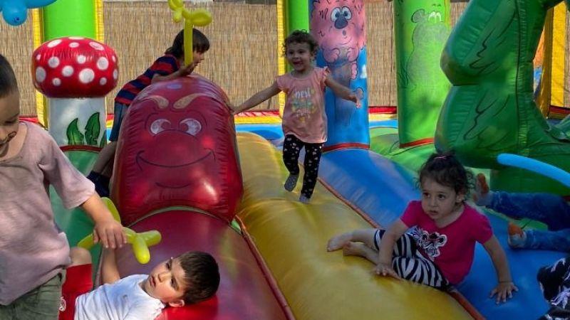 """Yonca Montessori Anaokulu'ndan muhteşem yaz şenliğinde """"Çocuklar unutulmaz bir gün yaşadı"""""""