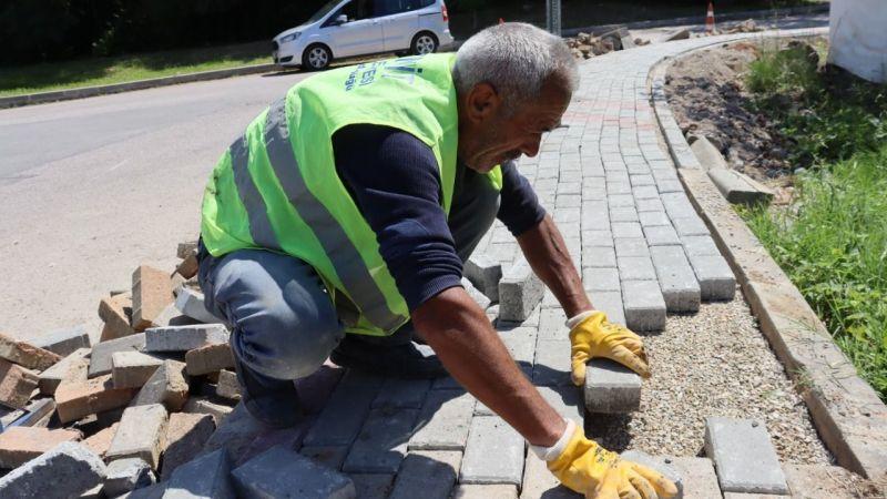 İzmit Belediyesi  Alikahya sokaklarında parke yeniledi