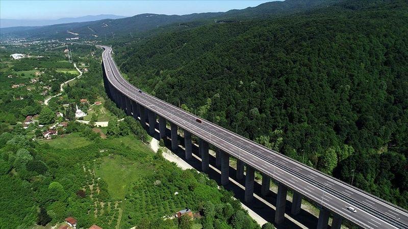 Yollar ağaçlandırıldı, yıllık 1 milyon ton emisyon azaltımı sağlandı