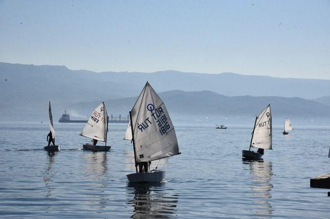 Deniz tutkunları Kurtuluş'un  100'üncü yılında yelken açacak
