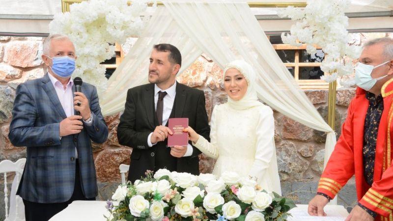 Üzeyir Kaya ve Sema Kayaarslan muhteşem bir düğün ile dünya evine girdi