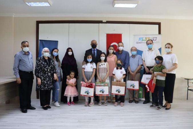 Ulugazi İlkokulu Öğrencilerine Ödül Töreni