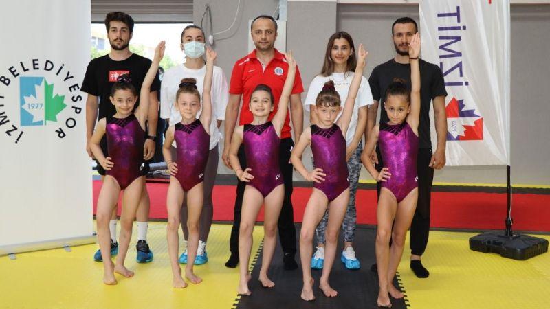 """Başkan Hürriyet  minik cimnastikçileri yalnız bırakmadı """"Çocuklarımıza yatırım  geleceğimize yatırımdır"""""""