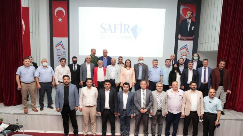 Başkan Hürriyet  Altın Kiraz Dostluk Futbol Turnuvası'nın kura çekimine katıldı
