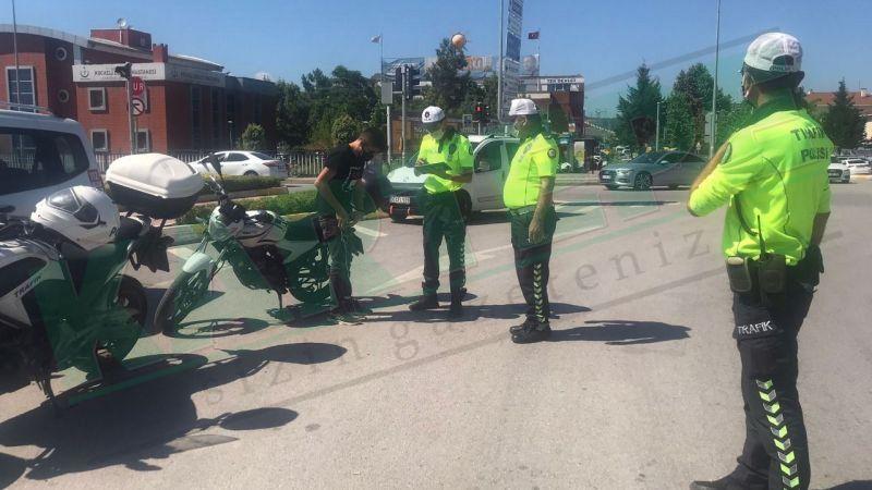 Kartepe'de motosiklet sürücüleri denetlendi