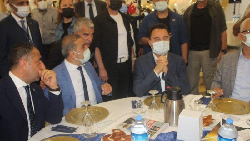 Ali Babacan Gebze'de